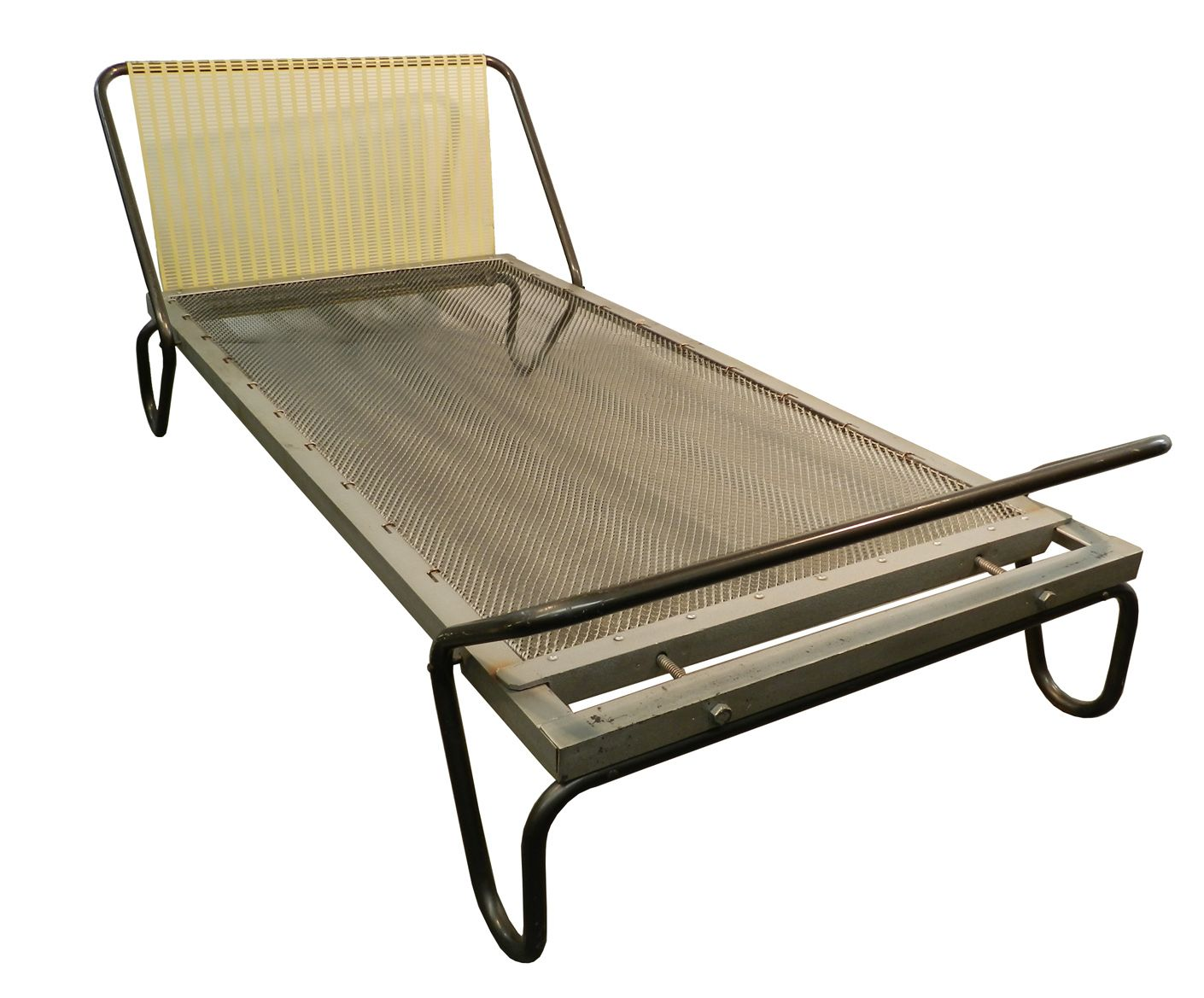 Pin Daybeds Metal Daybeds On Pinterest