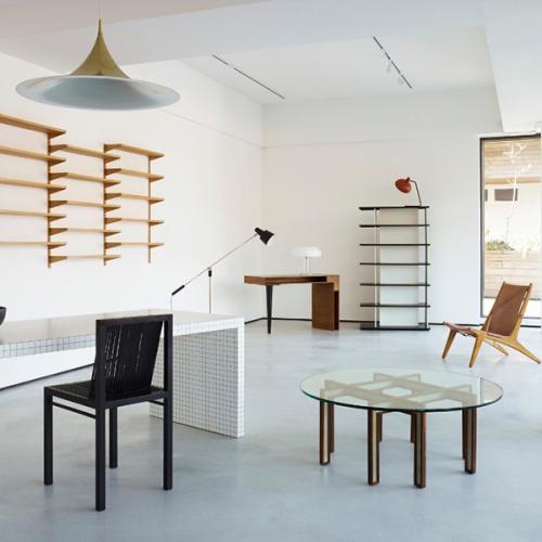 b ton brut. Black Bedroom Furniture Sets. Home Design Ideas