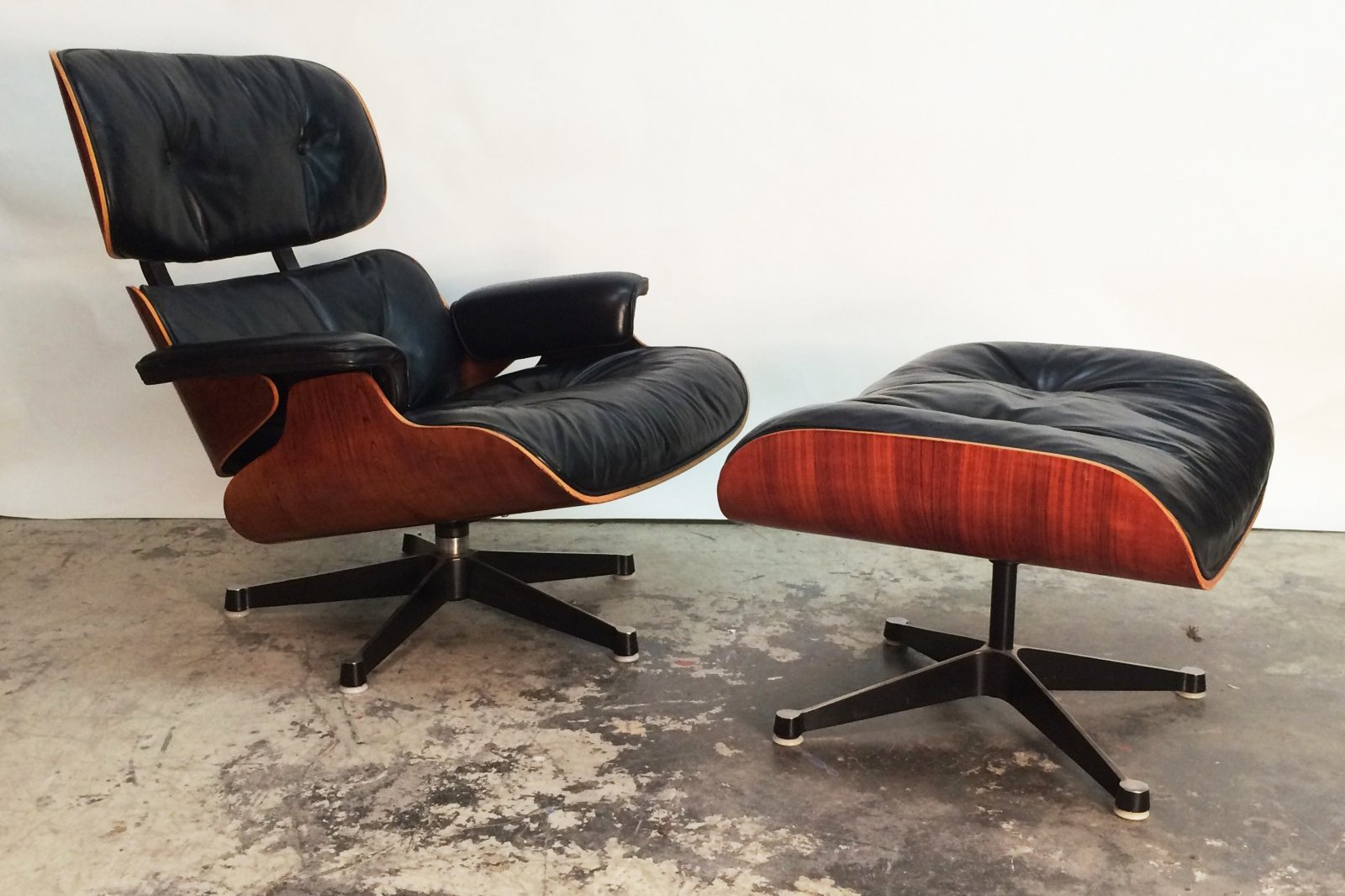 Charles ray eames for Charles eames lounge chair nachbildung