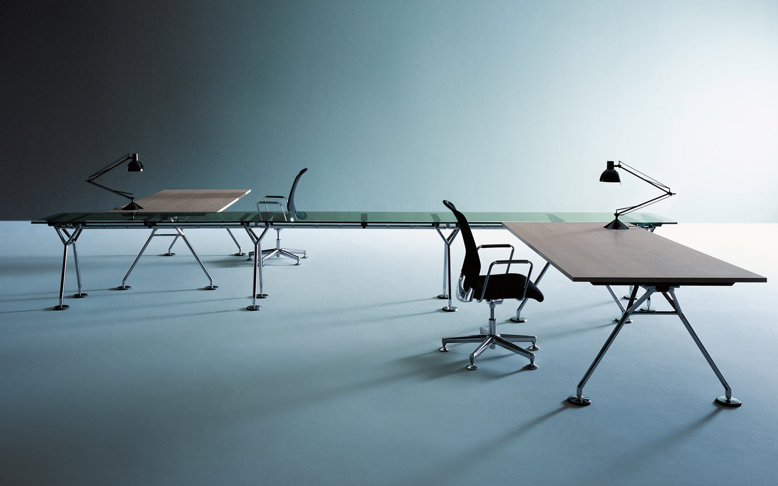 Nomos Tables By Norman Foster For Tecno