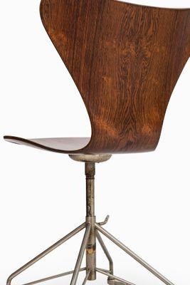 model 3117 office chair by arne jacobsen for fritz hansen 1955 8 arne jacobsen office chair