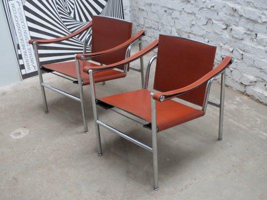 Sedia LC1 modernista basculante di Le Corbusier, Pierre Jeanneret ...