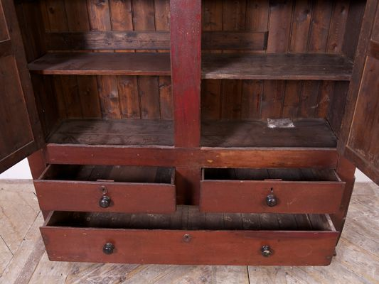 Antique Irish Pine Linen Cupboard, 1830 5 - Antique Irish Pine Linen Cupboard, 1830 For Sale At Pamono