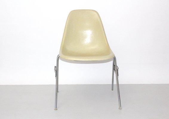 Vintage Model DSS N Fiberglass Chair By Ray U0026 Charles Eames For Herman  Miller 3