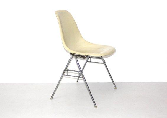 Vintage Model DSS N Fiberglass Chair By Ray U0026 Charles Eames For Herman  Miller 2