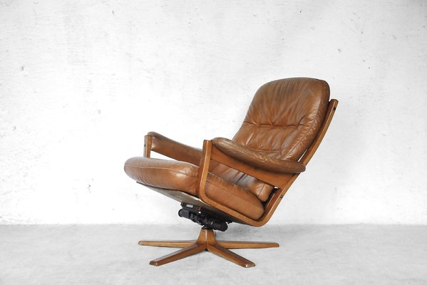 Swedish Swivel Lounge Chair From Gate Möbel, 1960s 1