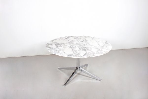 Vintage Round Marble Dining Table by Florence Knoll for Knoll