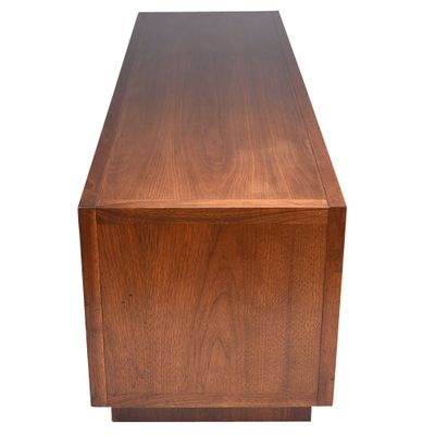 Perfect Mid Century Modern Credenza Or Cabinet 4