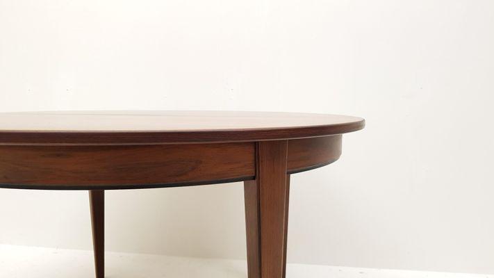 Tavolo da pranzo modello nr. 55 rotondo in palissandro di Omann ...