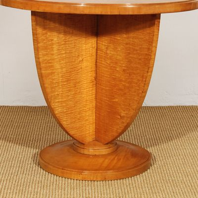 Art Deco French Maple Side Table, 1925 4