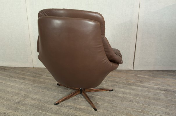 leather swivel chair modern chairs for living room ikea brown australia