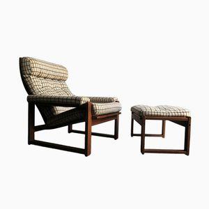 Dänischer Sessel aus Eichenholz mit Hocker, 1950er