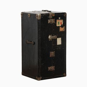 Large Vintage Trunk from Mädler