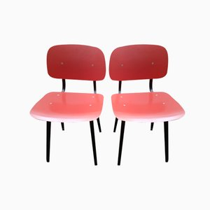 Mid-Century Dark Pink Revolt Chairs by Friso Kramer for Ahrend de Cirkel, Set of 2