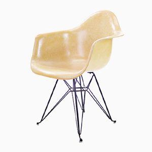 Ockerfarbener DAR Stuhl von Charles & Ray Eames für Herman Miller