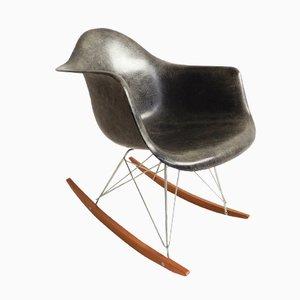 Sedia a dondolo RAR vintage di Charles & Ray Eames per Herman Miller