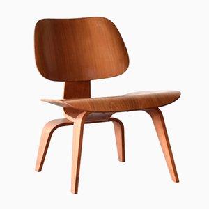 Amerikanischer LCW Nussholz Lounge Stuhl von Charles & Ray Eames für Herman Miller, 1953