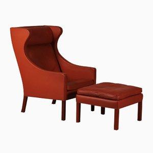 Dänischer 2204 Sessel mit Hocker von Børge Mogensen für Fredericia Furniture, 1970er, 2er Set