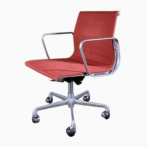 EA 117 Alu Chair by Charles Eames for ICF