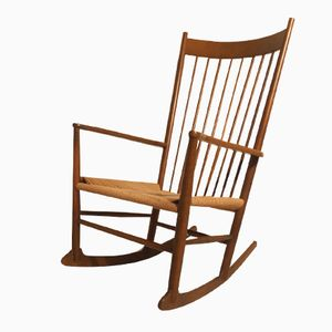 Mid-Century J16 Rocking Chair by Hans Wegner for Kvist Mobler