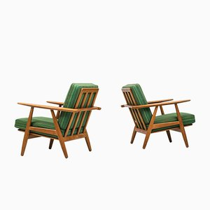 Green Cigar Easy chairs by Hans Wegner for Getama, Set of 2