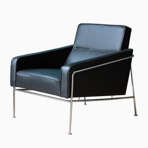 danish blue egg chair by arne jacobsen for fritz hansen 1950s for sale at pamono. Black Bedroom Furniture Sets. Home Design Ideas