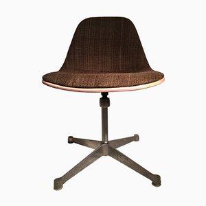 Brauner Fiberglas Stuhl von Charles & Ray Eames für Herman Miller