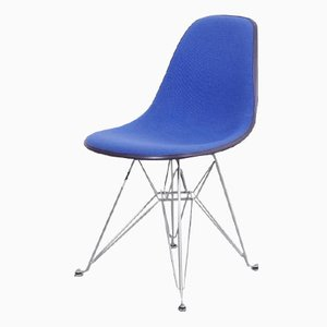 A front row seat to eames chairs - Chaise eames belgique ...