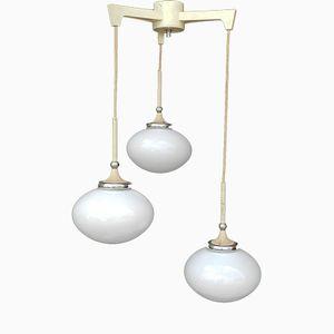 Mid-Century Hängelampe mit Drei Opalglas Leuchten