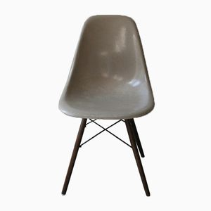 American DSW Grey-Beige Chair by Charles & Ray Eames for Herman Miller, 1960s