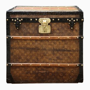 Monogrammed Fabric Ladies' Hat Trunk from Louis Vuitton, 1900