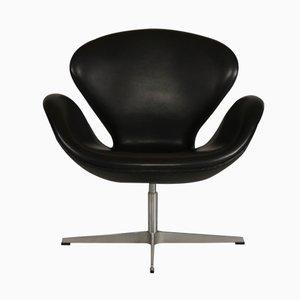 Swan Chair Noire par Arne Jacobsen pour Fritz Hansen, 1981