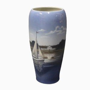 Dänische Vase mit Hafen-Motiv von Royal Copenhagen, 1980er
