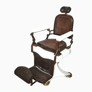 Antique Italian Barber's Chair from Triumph