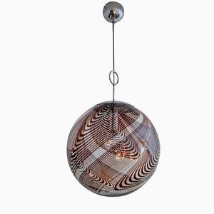 Lampada a sospensione sferica in vetro di Murano con vortici marroni e placcata in cromo, anni '60