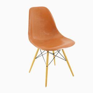 Vintage Terrakotta Stuhl von Charles & Ray Eames für Vitra
