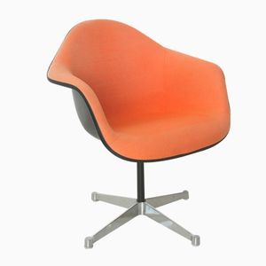 Vintage Red-Orange Armchair by Charles & Ray Eames for Herman Miller