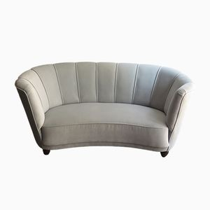 Art Deco Sofa mit Hellgrauem Samtbezug