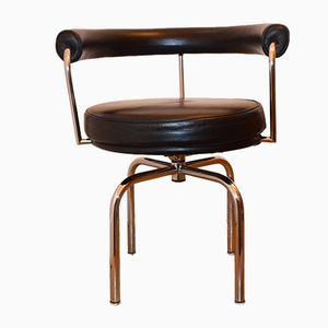 Vintage Black Leather LC7 Swivel Chair by Charlotte Perriand for Cassina