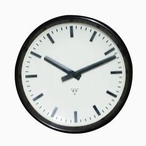 Große Vintage Fabrik Uhr von Pragotron