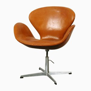 Swan Chair by Arne Jacobsen for Fritz Hansen, 1964