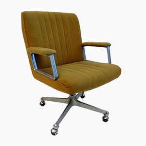 P 125 Desk Chair by Osvaldo Borsani for Tecno, 1960s