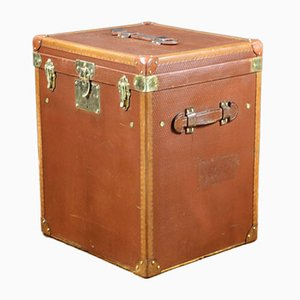 Vintage Trunk with Two Accessory Trays