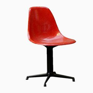 Chaise d'Appoint Eames Vintage Poppy Rouge avec Base La Fonda Grise de Herman Miller