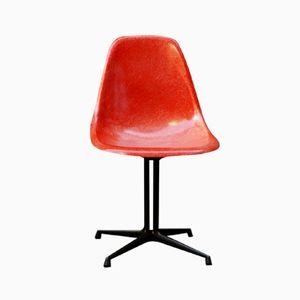 Chaise d'Appoint Vintage Poppy Rouge en Fibre de Verre par Charles & Ray Eames pour Herman Miller