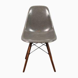 Grauer Vintage DSW Stuhl von Charles und Ray Eames für Herman Miller