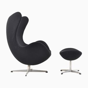 The Egg Chair & Ottomane par Arne Jacobsen pour Fritz Hansen, 1963