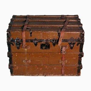 Coffre de Voyage Antique sur Roulettes