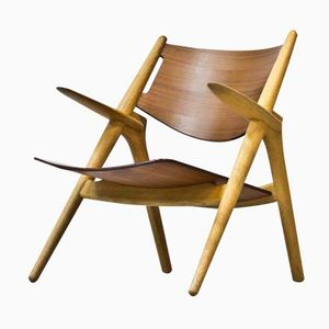 CH-28 Easy Chair by Hans J. Wegner