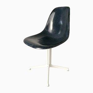 Chaise d'Appoint Bleue avec Base La Fonda par Charles & Ray Eames pour Vitra